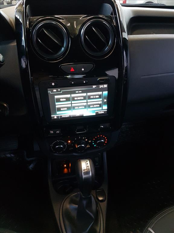 RENAULT DUSTER OROCH 16V FLEX DYNAMIQUE 4P AUTOMÁTICO 2.0 2017