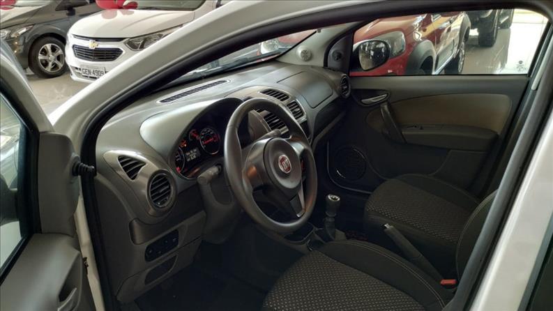 FIAT GRAND SIENA MPI Essence 16V 1.6 2014
