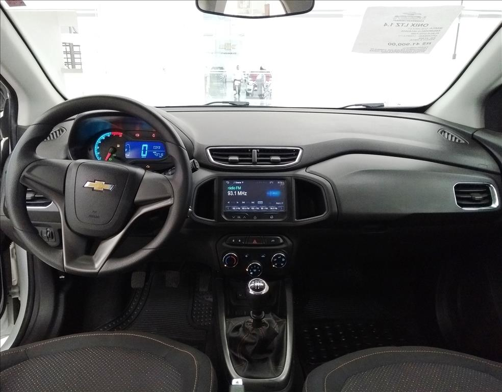 CHEVROLET ONIX MPFI LTZ 8V FLEX 4P MANUAL 1.4 2015