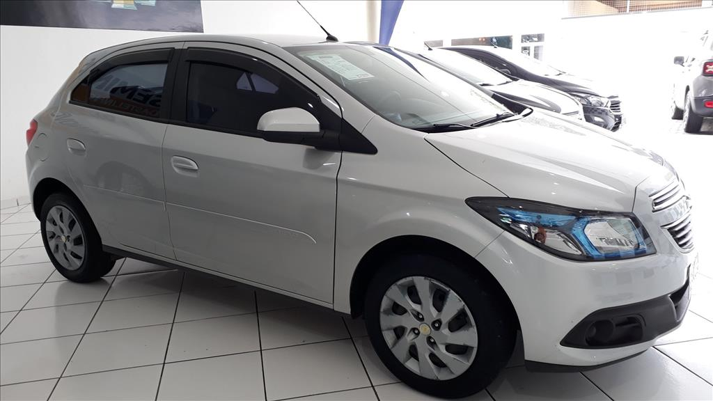 CHEVROLET ONIX MPFI LT 8V FLEX 4P MANUAL 1.4 2015