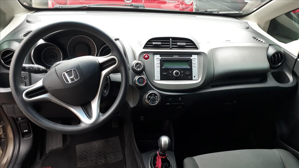 HONDA FIT TWIST 16V FLEX 4P MANUAL 1.5 2014