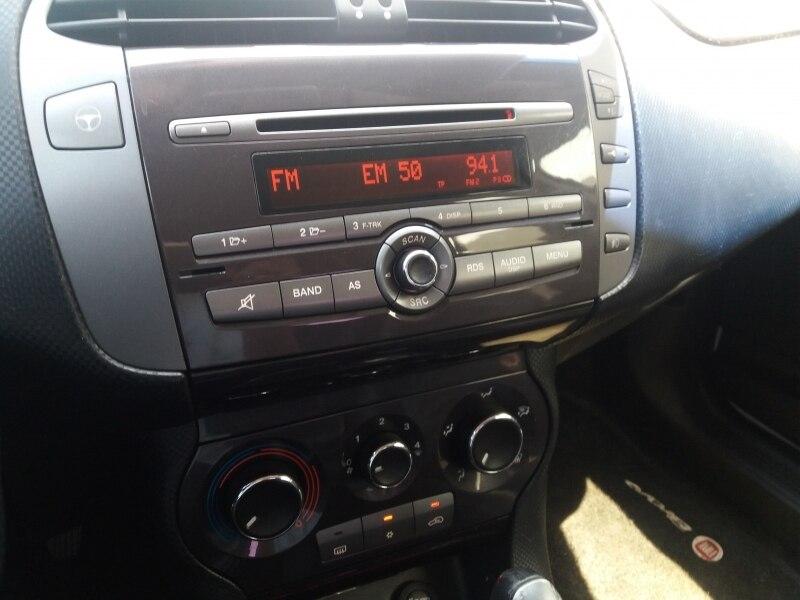FIAT BRAVO 1.8 ESSENCE 16V FLEX 4P - 2013