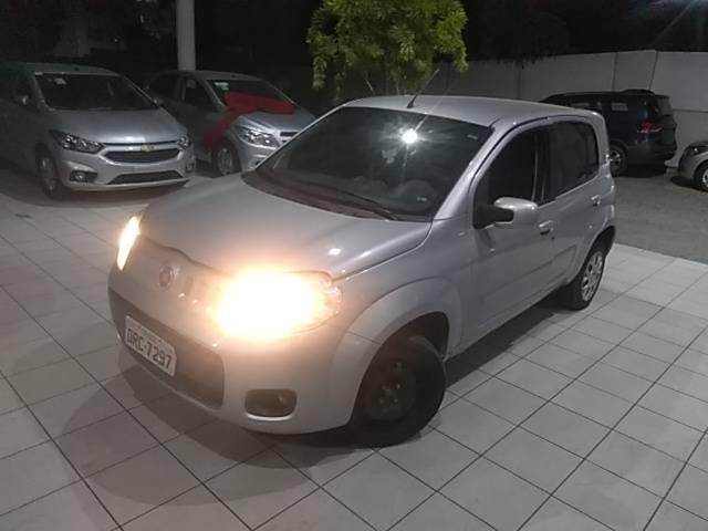 Fiat UNO 1.0 EVO VIVACE 8V FLEX 4P MANUAL 1.0 2014