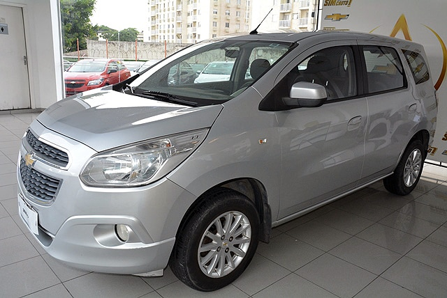 CHEVROLET SPIN LT 8V FLEX 4P MANUAL 1.8 2013